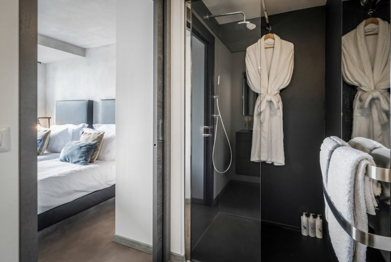 bathroom_1.sml